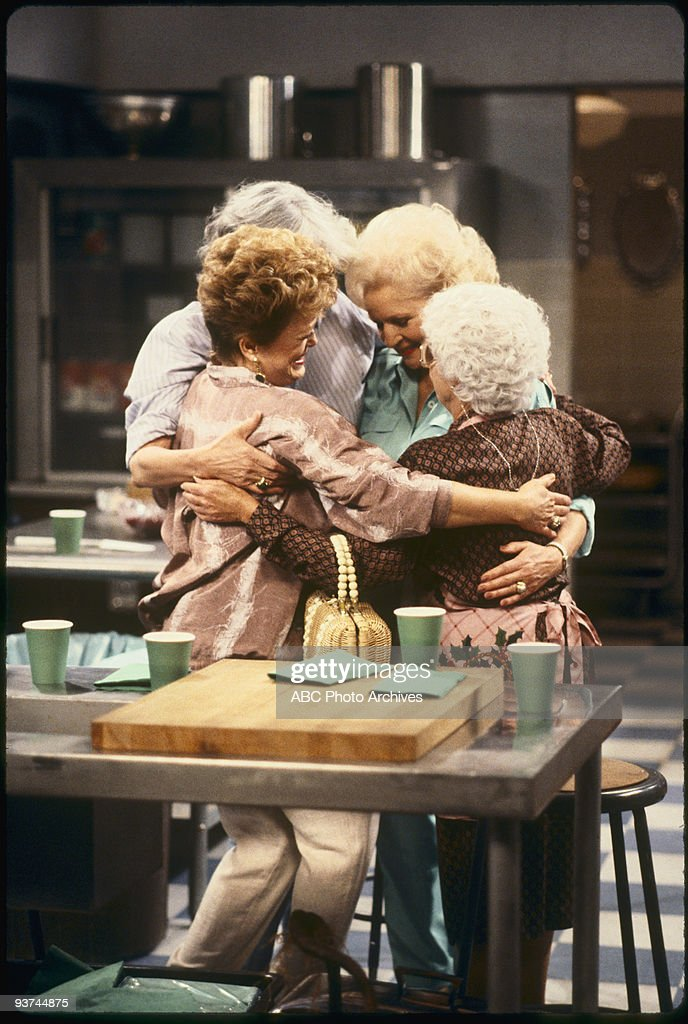 THE GOLDEN GIRLS - 9/24/85 - 9/24/92, RUE MCCLANAHAN, BEA ARTHUR, BETTY WHITE, ESTELLE GETTY,