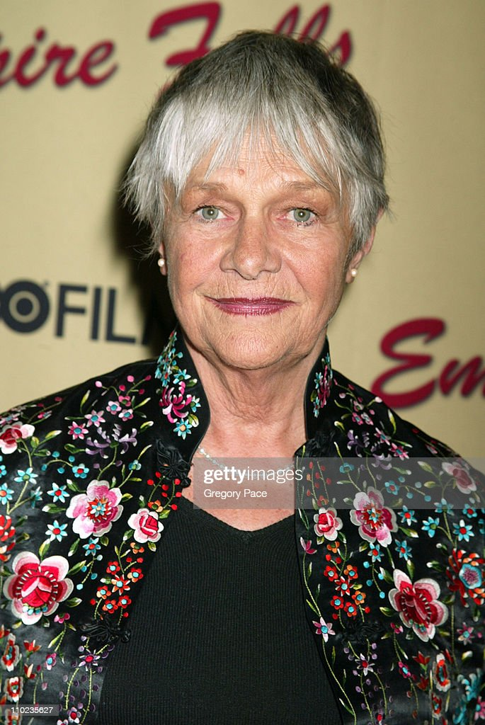 <a gi-track='captionPersonalityLinkClicked' href=/galleries/search?phrase=Estelle+Parsons&family=editorial&specificpeople=221565 ng-click='$event.stopPropagation()'>Estelle Parsons</a> during HBO Films 'Empire Falls' New York City Premiere - Arrivals at The Metropolitan Museum of Art in New York City, New York, United States.