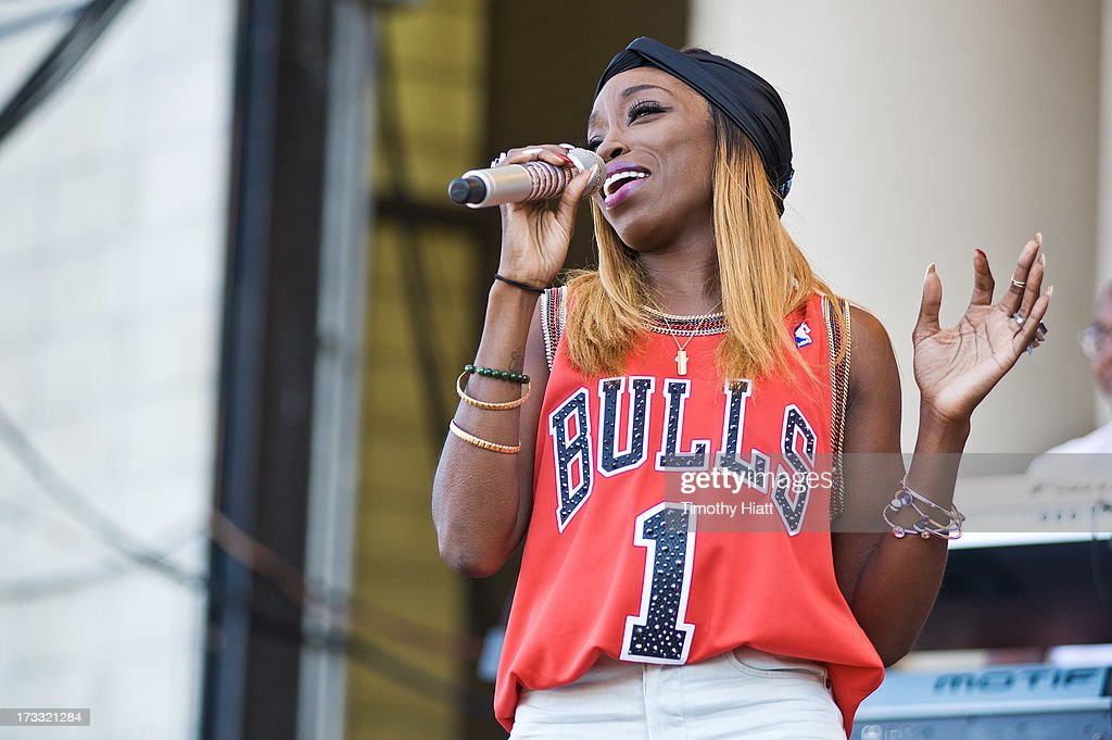 Estelle performs during the 2013 Taste Of Chicago at Grant Park on July 11, 2013 in Chicago, Illinois.