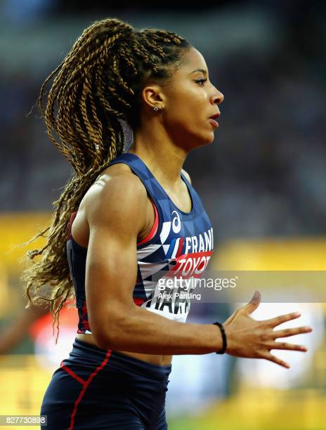 Estelle Raffai of France competes in the Women's 200 metres heats during day five of the 16th IAAF World Athletics Championships London 2017 at The...