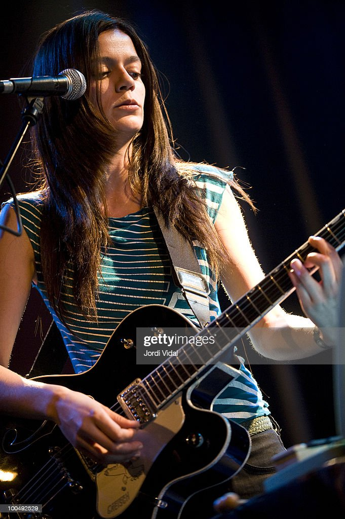 Ester Rodriguez of Pajaro Sunrise performs during Primavera Sound Festival at Sala Apolo on May 24, 2010 in Barcelona, Spain.