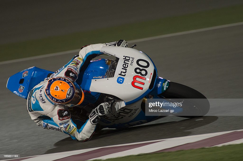 Esteve Rabat of Spain and Pons 40 HP Tuenti rounds the bend during the MotoGp of Qatar - Qualifying at Losail Circuit on April 6, 2013 in Doha, Qatar.