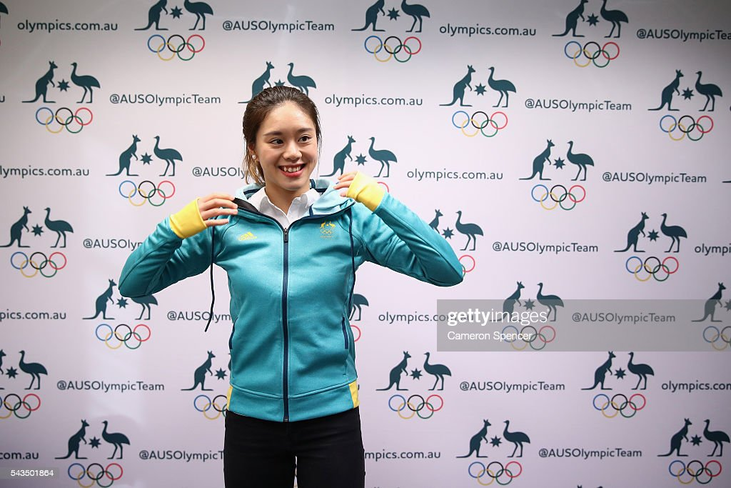 <a gi-track='captionPersonalityLinkClicked' href=/galleries/search?phrase=Esther+Qin&family=editorial&specificpeople=13438597 ng-click='$event.stopPropagation()'>Esther Qin</a> wears her new hoodie during the Australian Olympic Games diving team announcement at the Museum of Contemporary Art on June 29, 2016 in Sydney, Australia.