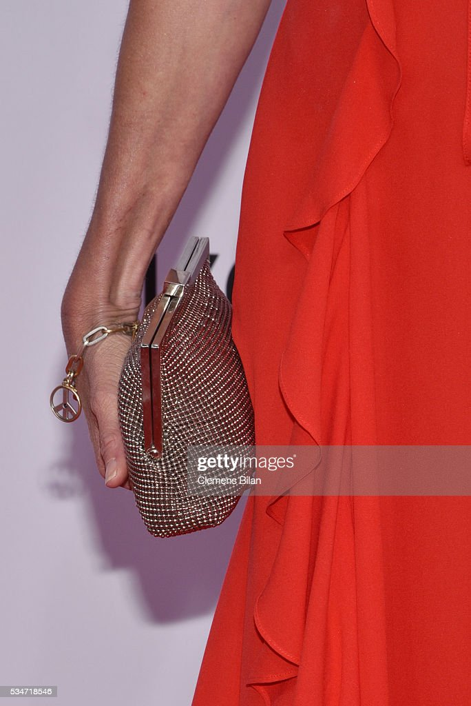 <a gi-track='captionPersonalityLinkClicked' href=/galleries/search?phrase=Esther+Schweins&family=editorial&specificpeople=213050 ng-click='$event.stopPropagation()'>Esther Schweins</a>, bag detail, attends the Lola - German Film Award (Deutscher Filmpreis) on May 27, 2016 in Berlin, Germany.