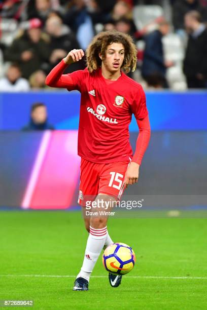 Ethan Ampadu of Wales warms up before the international friendly match between France and Wales at Stade de France on November 10 2017 in Paris France
