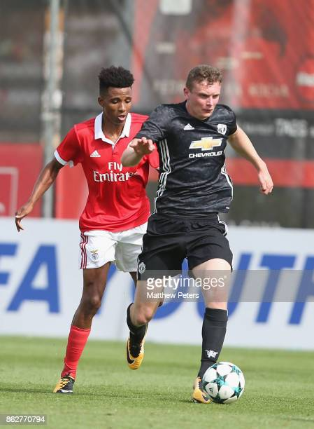 Ethan Hamilton of Manchester United U19s in action during the UEFA Youth League match between Benfica U19s and Manchester United U19s at Caixa...