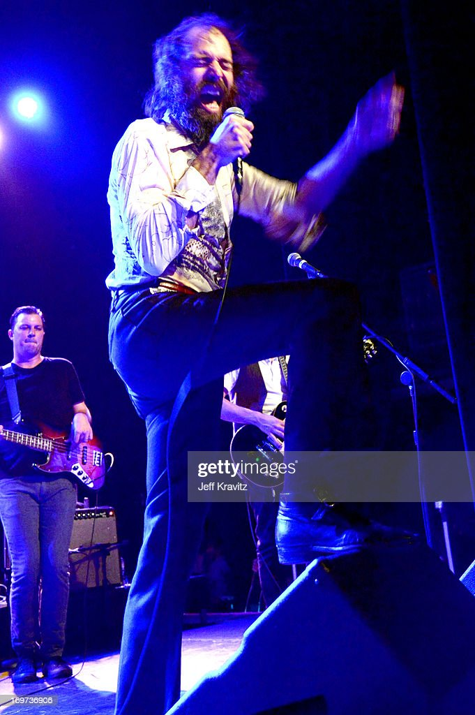 <a gi-track='captionPersonalityLinkClicked' href=/galleries/search?phrase=Ethan+Miller&family=editorial&specificpeople=574822 ng-click='$event.stopPropagation()'>Ethan Miller</a> performs at Henry Fonda Theater on May 30, 2013 in Hollywood, California.