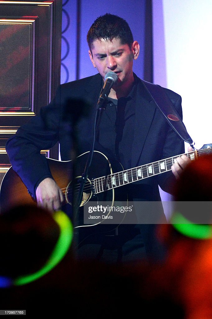 Ethan Pilzer of Electro Shine performs during the MTV, VH1, CMT & LOGO 2013 O Music Awards on June 20, 2013 in Nashville, Tennessee.