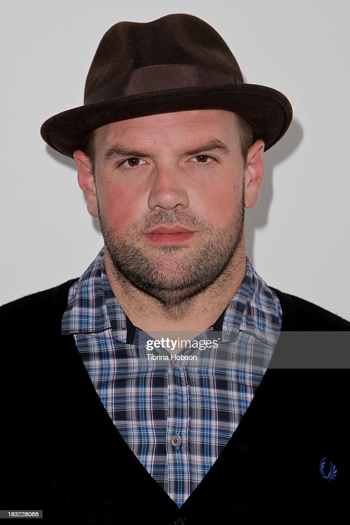 <a gi-track='captionPersonalityLinkClicked' href=/galleries/search?phrase=Ethan+Suplee&family=editorial&specificpeople=585749 ng-click='$event.stopPropagation()'>Ethan Suplee</a> attends the Mercedes Helnwein 'The Trouble With Dreams' gallery reception at Merry Karnowsky Gallery on October 5, 2013 in Los Angeles, California.