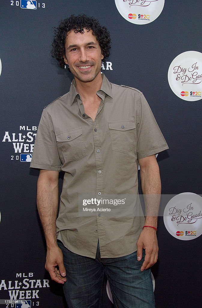 <a gi-track='captionPersonalityLinkClicked' href=/galleries/search?phrase=Ethan+Zohn&family=editorial&specificpeople=215204 ng-click='$event.stopPropagation()'>Ethan Zohn</a> attends MLB Fan Cave 'Dig In And Do Good' Event at MLB Fan Cave on July 11, 2013 in New York City.