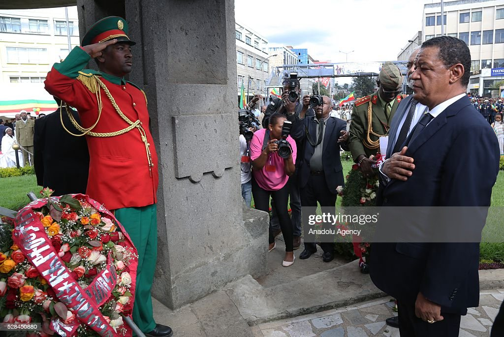 Ethiopian President Mulatu Teshome stands in silence during a national holiday celebrating the liberation from Italian occupation at the Miazia 27 square in Addis Ababa, Ethiopia on May 5, 2016. Patriots Victory Day commemorates those who died during the occupation and honors veterans of the resistance movement.