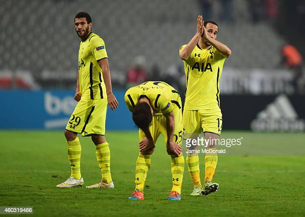 Etienne Capoue Benjamin Stambouli and Andros Townsend of Spurs look dejected in defeat after the UEFA Europa League Group C match between Besiktas JK...