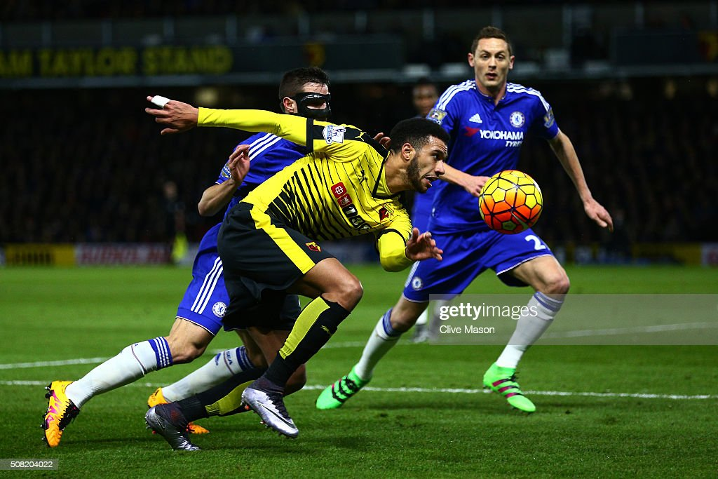 Etienne Capoue of Watford is challenged by Cesar Azpilicueta of Chelsea during the Barclays Premier League match between Watford and Chelsea at Vicarage Road on February 3, 2016 in Watford, England.