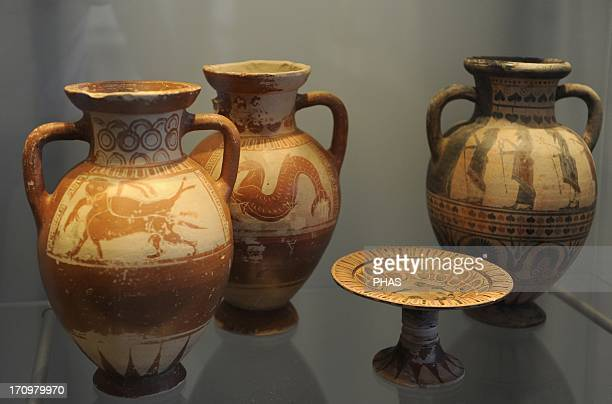 Etruscan Art Italy Production of tableware was established in Etruria imitating the works of Greek potters Some Etruscan ware was inspired by pottery...
