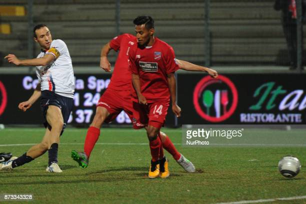 Ettore Marchi of AS Gubbio 1910 shot on target and score the goal of 12 during the Lega Pro 17/18 group B match between Teramo Calcio 1913 and AS...