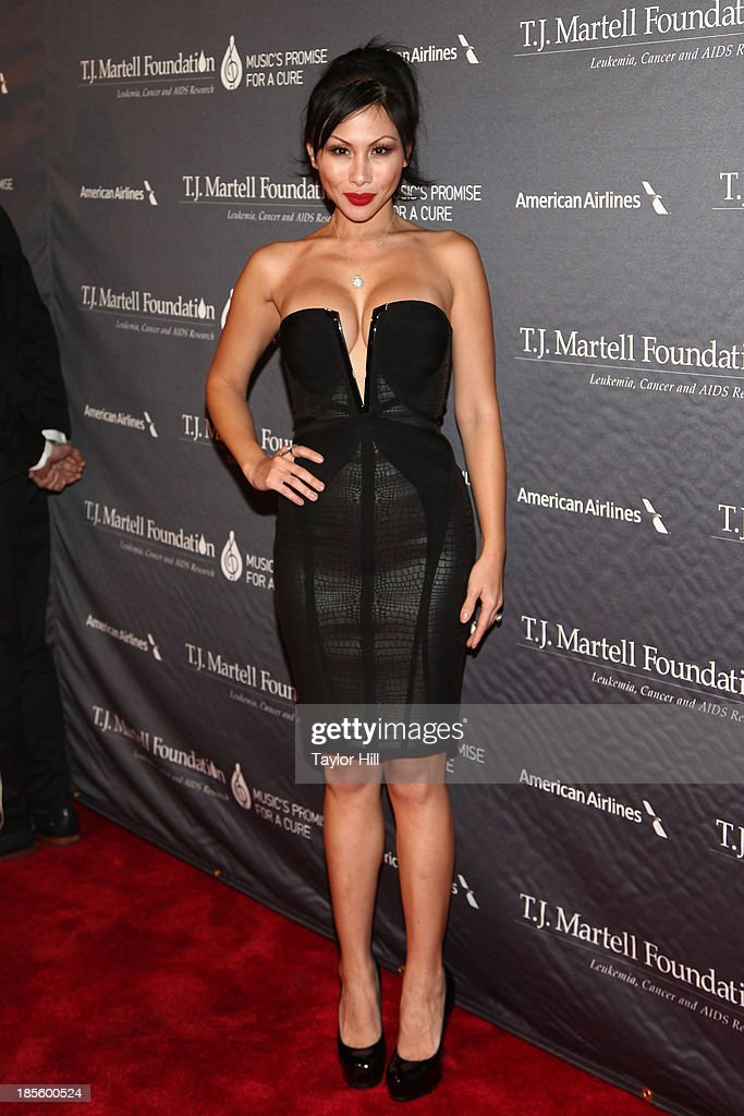 <a gi-track='captionPersonalityLinkClicked' href=/galleries/search?phrase=Etty+Lau+Farrell&family=editorial&specificpeople=4333031 ng-click='$event.stopPropagation()'>Etty Lau Farrell</a> attends T.J. Martell Foundation's 38th Annual Honors Gala at Cipriani 42nd Street on October 22, 2013 in New York City.