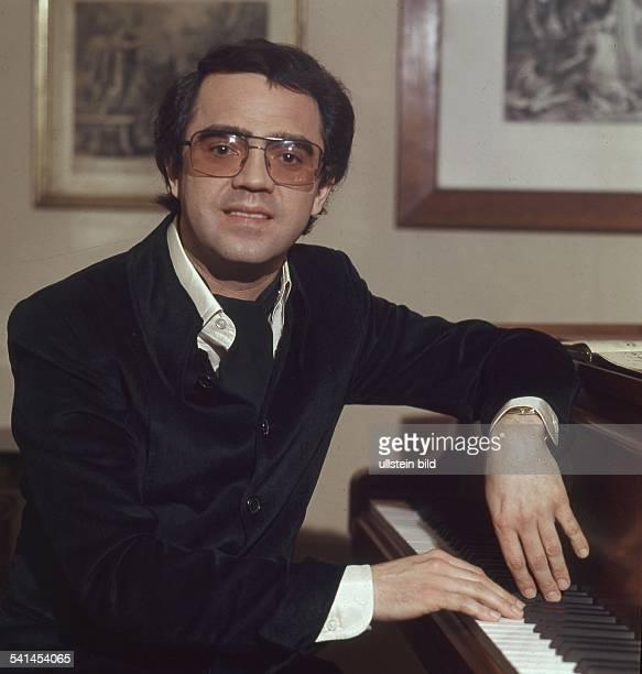 Eugen Cicero*Jazzmusiker Pianist Porträt am Klavier 1977