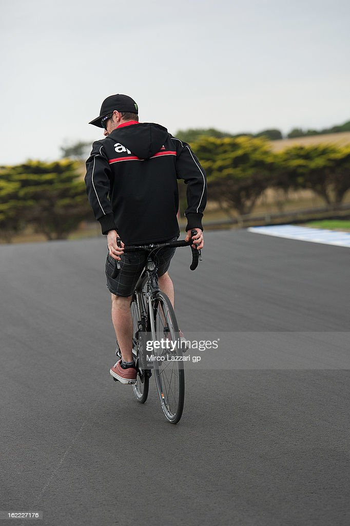 <a gi-track='captionPersonalityLinkClicked' href=/galleries/search?phrase=Eugene+Laverty&family=editorial&specificpeople=4253466 ng-click='$event.stopPropagation()'>Eugene Laverty</a> of Ireland and Aprilia Racing Team rides during the event 'Track lap on bicycles' at Phillip Island Grand Prix Circuit on February 21, 2013 in Phillip Island, Australia.
