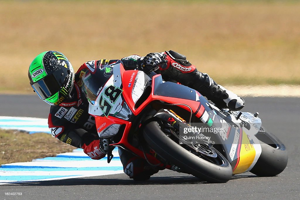 <a gi-track='captionPersonalityLinkClicked' href=/galleries/search?phrase=Eugene+Laverty&family=editorial&specificpeople=4253466 ng-click='$event.stopPropagation()'>Eugene Laverty</a> of Ireland riding the #58 Aprilia Racing Team during Superpole for the World Superbikes at Phillip Island Grand Prix Circuit on February 23, 2013 in Phillip Island, Australia.