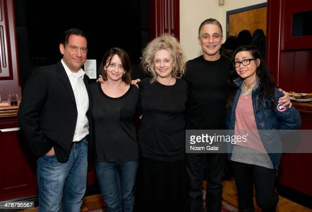 Eugene Pack Rachel Dratch Carol Kane Tony Danza and Janeane Garofalo pose backstage at the March 2014 Celebrity Autobiography show at Stage 72 on...