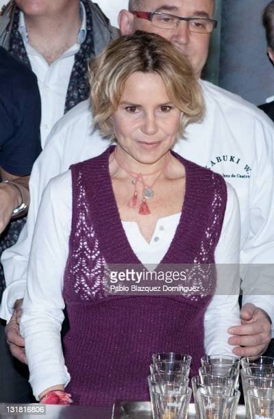 Eugenia Martinez de Irujo attends the presentation of 'Charity Dinner for Haiti' at Chaflan Restaurant on February 25 2011 in Madrid Spain