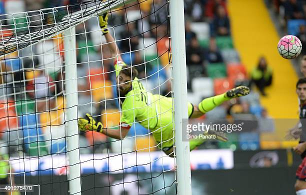 Eugenio Lamanna goalkeeper of Genoa CFC saves at spit during the Serie A match between Udinese Calcio and Genoa CFC at Stadio Friuli on October 4...