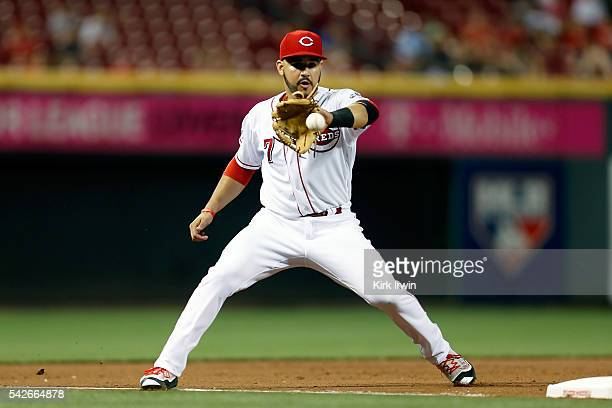 Eugenio Suarez of the Cincinnati Reds fields a ground ball hit by Melvin Upton Jr #2 of the San Diego Padres during the eighth inning at Great...