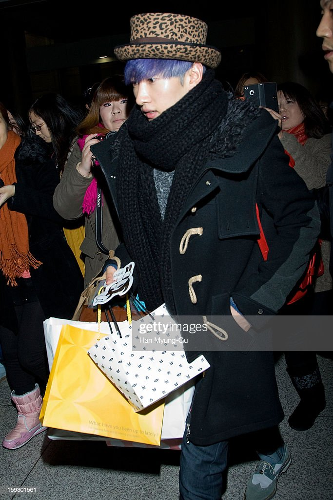 Eunhyuk of South Korean boy band Super Junior is seen at Incheon International Airport on January 10, 2013 in Incheon, South Korea.