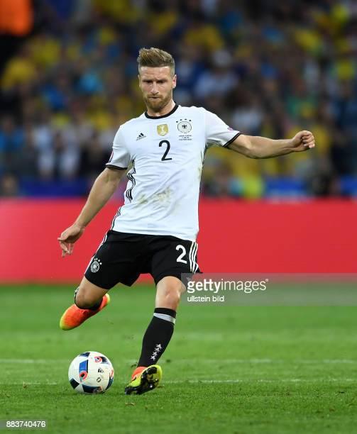 FUSSBALL Euro 2016 GRUPPE C in LILE Deutschland Ukraine Shkodran Mustafi