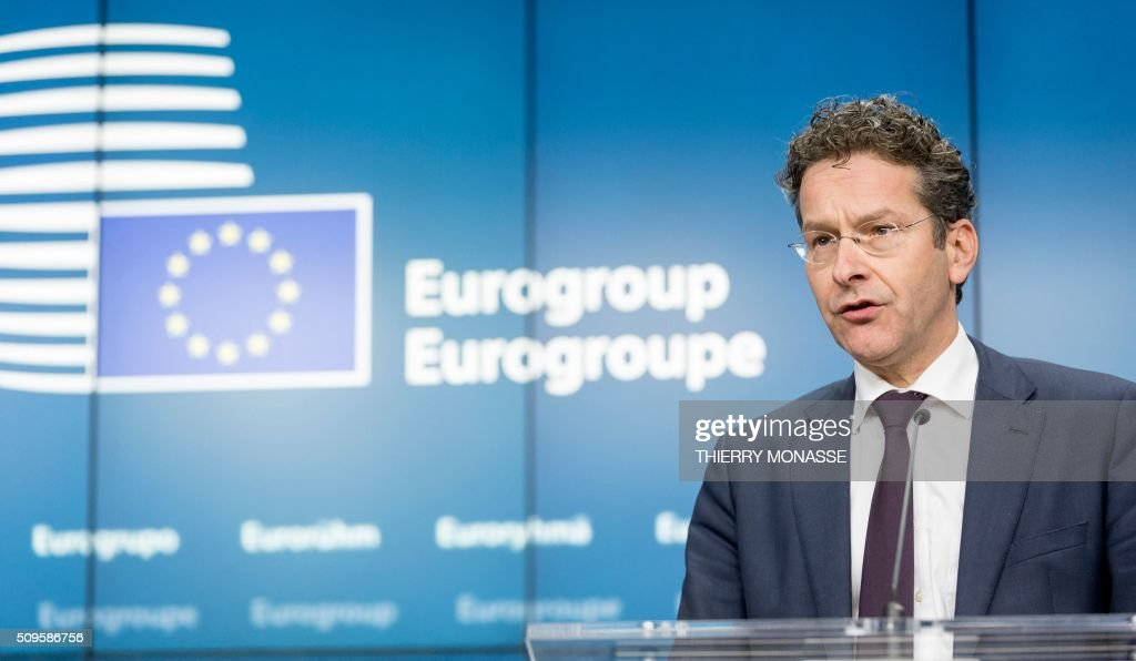 Eurogroup President and Dutch Finance Minister Jeroen Dijsselbloem addresses a press conference following a meeting of Eurogroup ministers at the European Council headquarters in Brussels on February 11, 2016. / AFP / THIERRY MONASSE