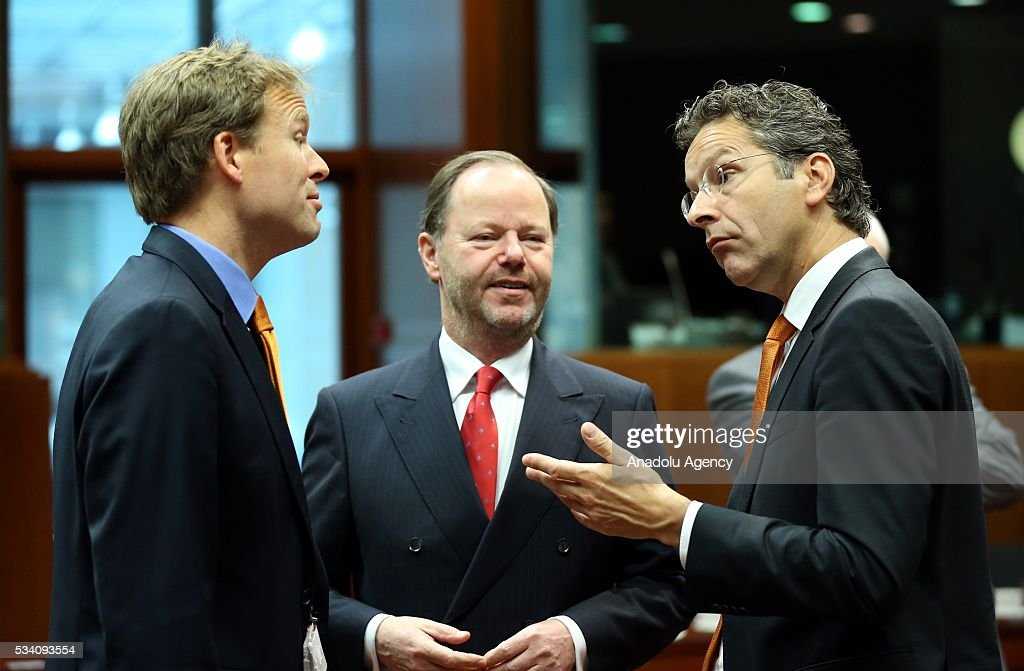 Eurogroup President, Jeroen Dijsselbloem (R) attends EU economic and financial council meeting, in Brussels, Belgium on May 25, 2016.