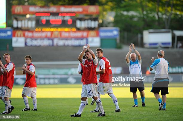 Europa League Qual Linfield FC thanking fans after 40 defeat against Randers FC © Lars Rønbøg / Frontzonesport