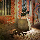 Europe, Germany, Bremen, Four Town Musicians at night