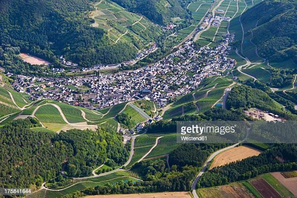 Europe, Germany, Rhineland Palatinate, View of vineyard at Dernau