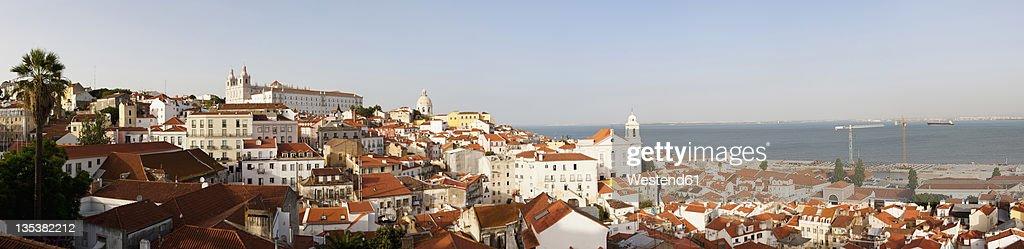 Europe, Portugal, Lisbon, Alfama, View of city with church of Sao Vicente de Fora and church of Santo Estevao