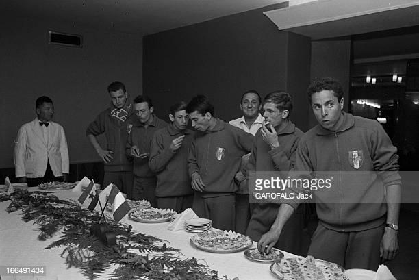 European Athletics Championships In Belgrade Belgrade 1318 septembre 1962 Les championnats d'Europe d'athlétisme dans une salle l'équipe de coureurs...