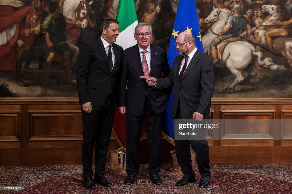 European Commission President Jean-Claude Juncker (C) and European Parliament President Martin Schulz (R) meet Italian Prime Minister Matteo Renzi (L) for a meeting in Rome's Palazzo Chigi government office on May 05, 2016. EU president Donald Tusk travels to Rome with fellow EU institution leaders and German Chancellor Angela Merkel for two days of talks likely to focus on next steps in Europe's migrant crisis.