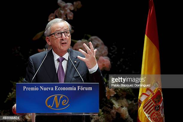 European Commission President JeanClaude Juncker speaks during the Premio Nueva Economia Forum 2015 ceremony at the Zarzuela Theatre on October 21...