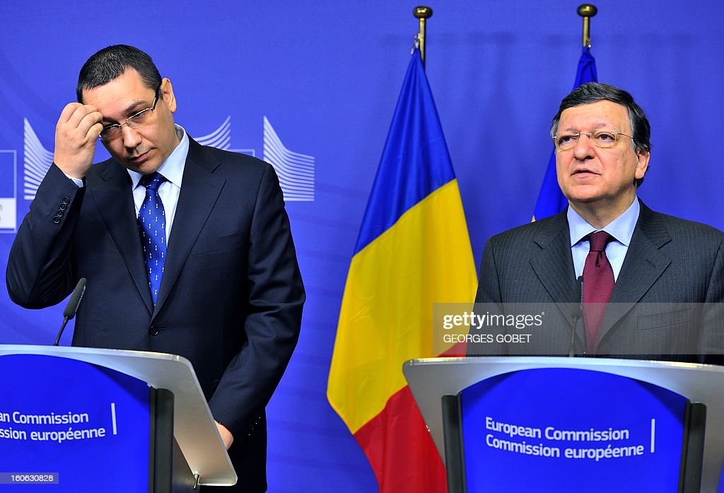European Commission President Jose Manuel Barroso (R) and Prime Minister of Romania Victor Ponta (L) give a joint press conference after their working session on Feburary 4, 2013 at the EU Headquarters in Brussels.