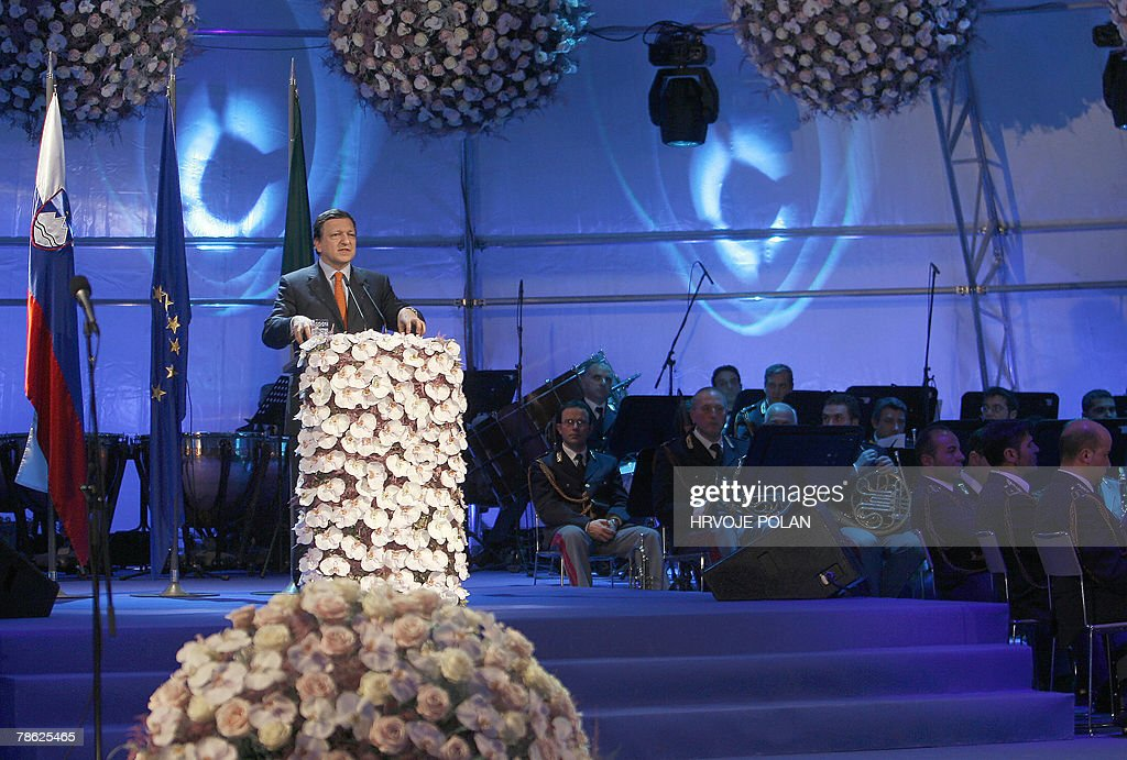 European Commission President Portuguese Jose Manuel Barroso delivers a speech during the celebration of Slovenia's accession to the Schengen Area and taking the EU Presidency from Portugal to Slovenia, in the border town of Skofije, 22 December 2007, on the second day of implementation of the Schengen border free-zone treaty. Slovenia, the first former Yugoslav state to join the European Union and the eurozone, will now control 760 kilometres (472 miles) of the Schengen border and will officially start its presidency over EU with the first day next year. The European Union's border-free zone was extended to Czech Republic, Estonia, Hungary, Lithuania, Latvia, Malta, Poland, Slovakia and Slovenia 21 December 2007. AFP PHOTO/ Hrvoje Polan