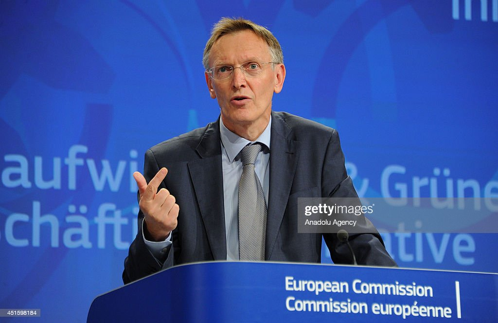 European Commissioner for Environment Janez Potocnik and EU commissioner for Employment Social Affairs and Inclusion Laszlo Andor give a joint press...