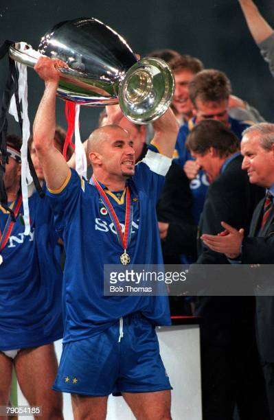 European Cup Final 22nd MAY 1996 Rome Italy Juventus beat Ajax 42 on pens Juventus captain Gianluca Vialli holds the trophy aloft after the penalty...