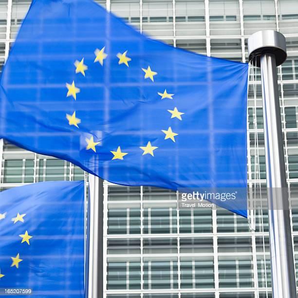 Europäische Flaggen vor dem Berlaymont-Gebäude in Brüssel