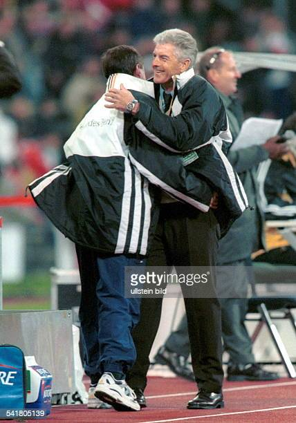UEFA European Football Championship 2000 Preliminary round European Zone Group 3 match in Munich Fed Rep of Germany vs Turkey 00 German team manager...