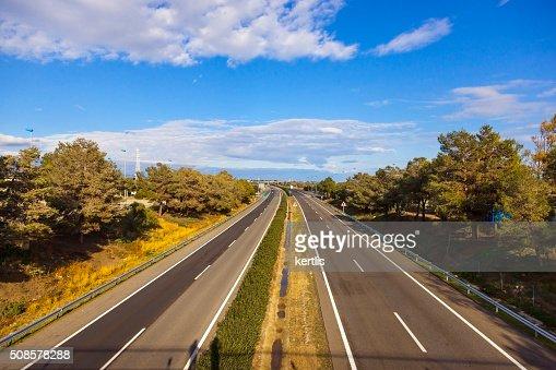 欧州 高速道路 (昼間) : ストックフォト