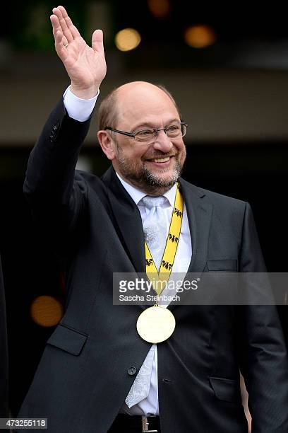 European Parliament President Martin Schulz gestures during the International Charlemange Prize Of Aachen 2015 on May 14 2015 in Aachen Germany The...