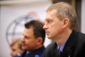 European Space Agency astronaut Frank De Winne of Belgium and Russian cosmonaut Roman Romanenko attend a press conference outside Moscow in Star City...