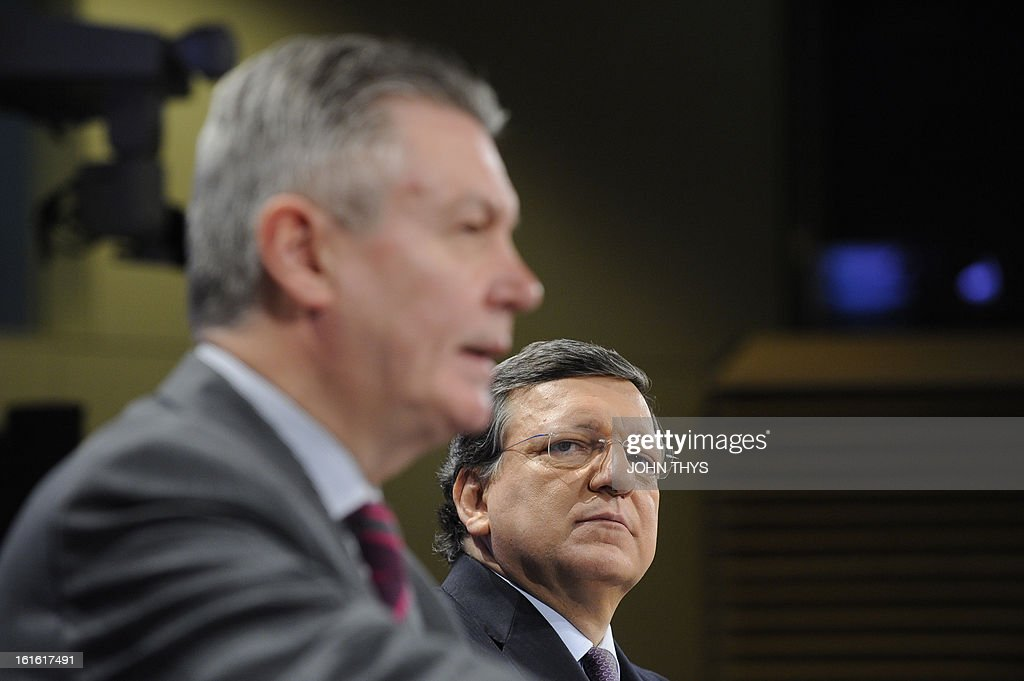 European Union Trade commissioner Karel De Gucht (L) and European Commission President Jose Manuel Barroso give a press conference on a major transatlantic trade initiative on February 13, 2013 at EU Headquarters in Brussels.