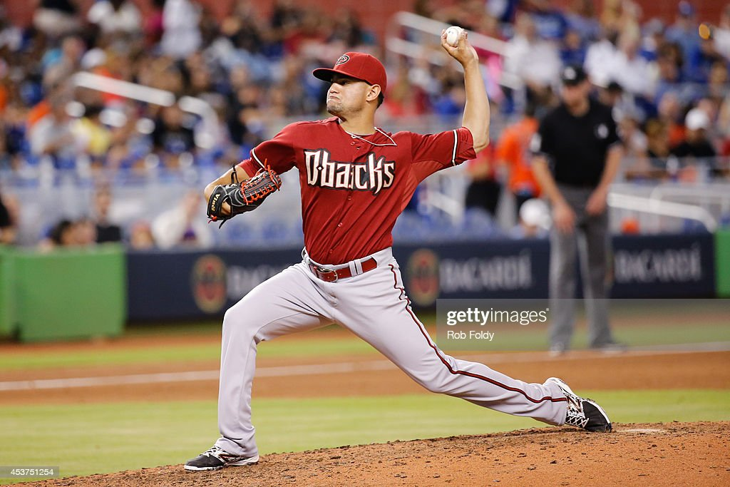 Eury De La Rosa #56 of the Arizona Diamondbacks pitches during the sixth inning of the game against the Miami Marlins at Marlins Park on August 17, 2014 in Miami, Florida.
