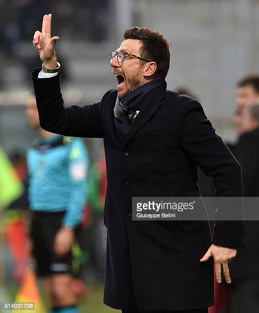 Eusebio Di Francesco head coach of US Sassuolo Calcio during the Serie A match between US Sassuolo Calcio and AC Milan at Mapei Stadium Città del...